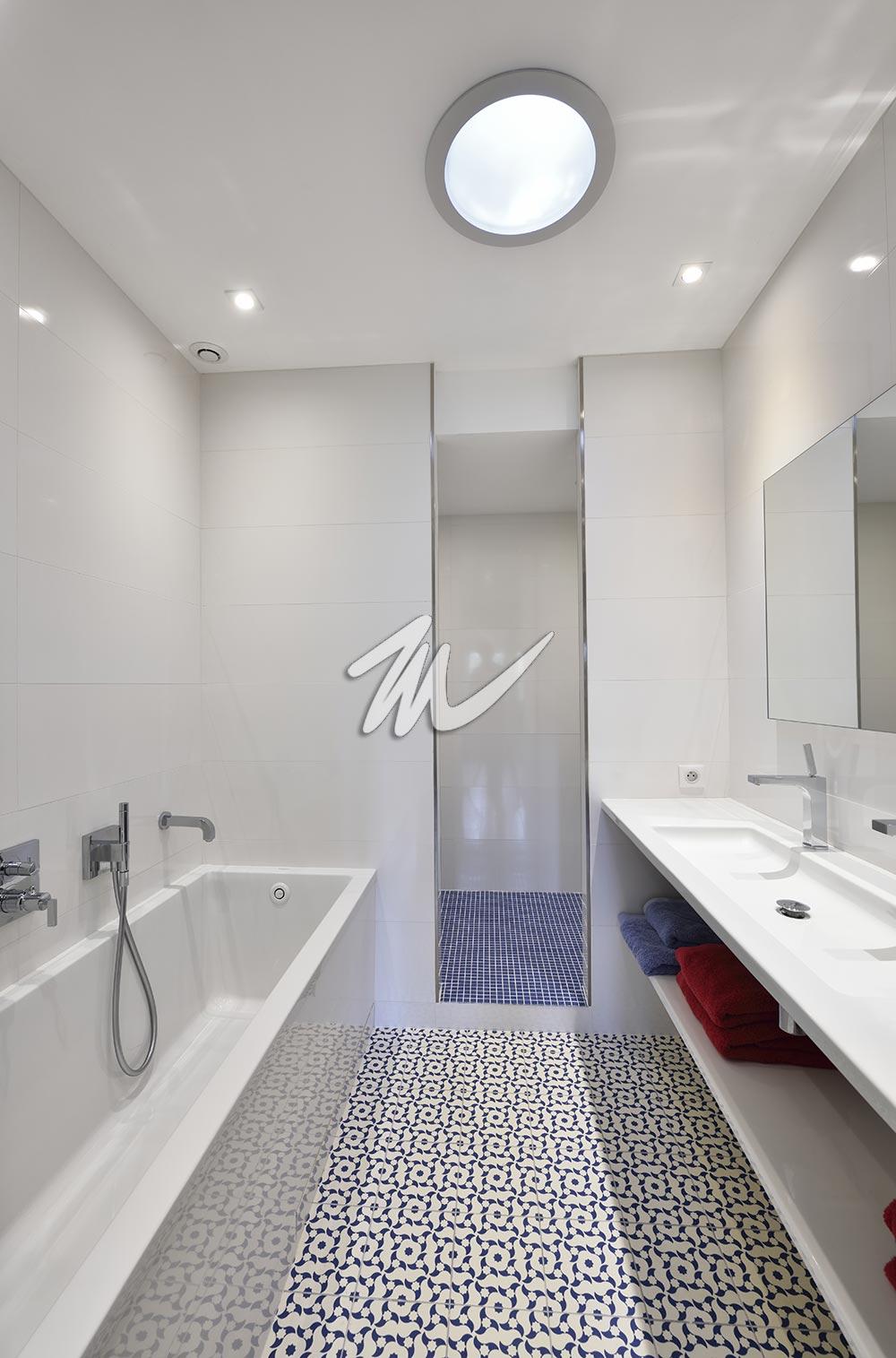 Salle de bain contemporaine 05 – Masterceram