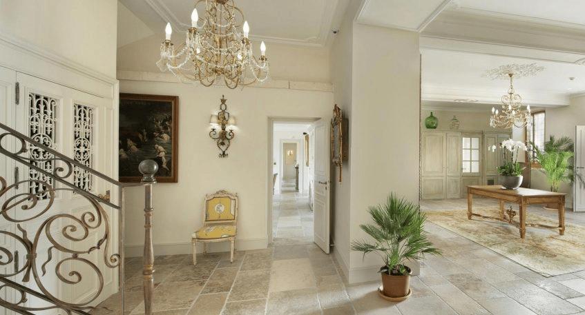 Collection Pierre De Château